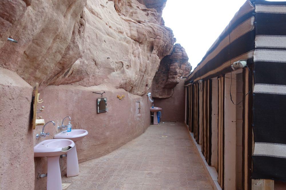 Wadi-Rum-Glamping-08