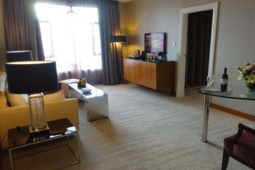 Grand-Hyatt-Amman-Suite-06
