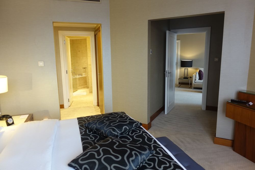 Grand-Hyatt-Amman-Suite-20