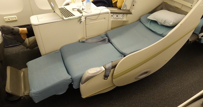 korean air business class 777 49 one mile at a time. Black Bedroom Furniture Sets. Home Design Ideas