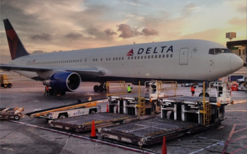 Delta Kicks Family Off Flight From Maui For Refusing To Give