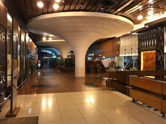 Dhaka-Airport-Lounge - 7