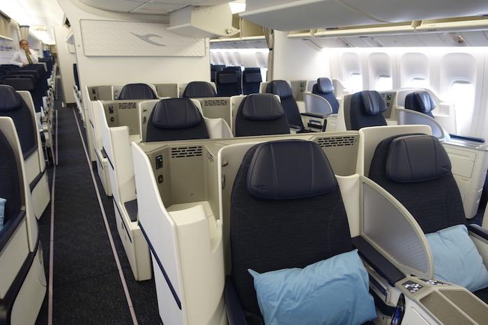 Kuwait-Airways-777-Business-Class - 1