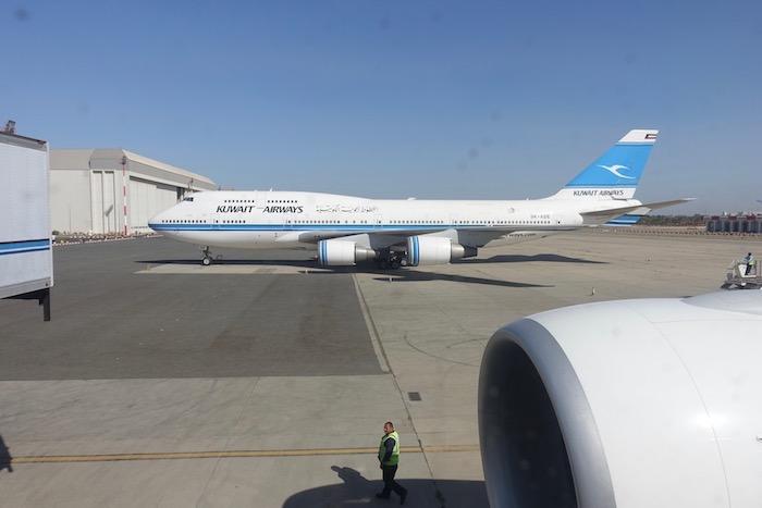 Kuwait-Airways-777-Business-Class - 23