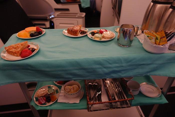 Kuwait-Airways-777-Business-Class - 68