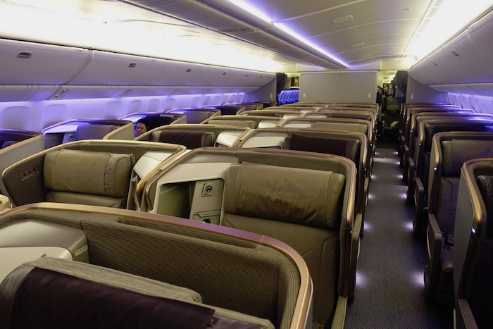 Singapore-777-Business-Class - 1