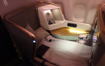 Singapore 777 Business Class – 10