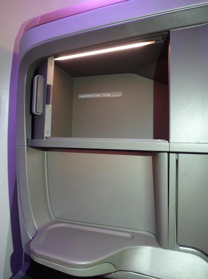 Singapore-777-Business-Class - 18