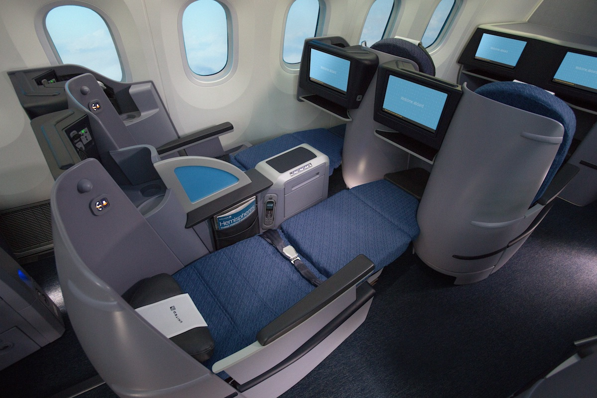 United Is Introducing New Amenities In Transcon Business