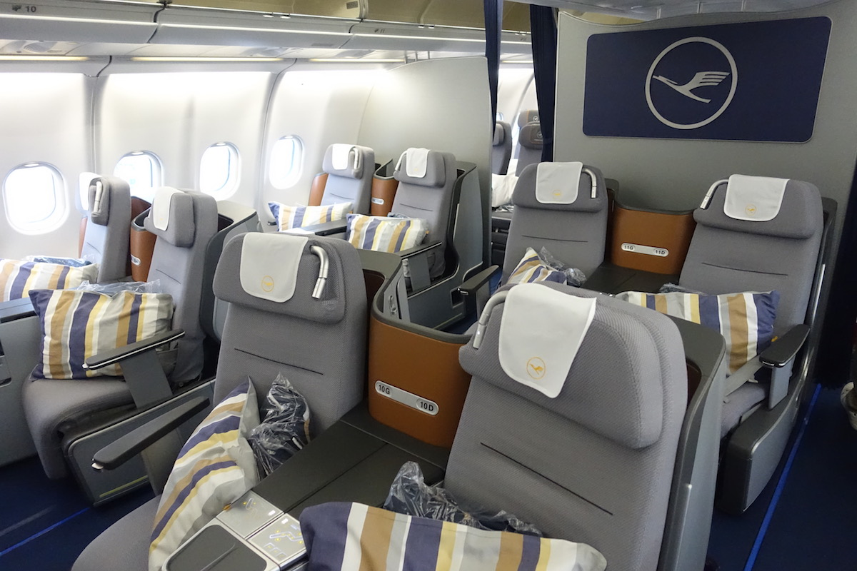 lufthansa business class a330 1 one mile at a time. Black Bedroom Furniture Sets. Home Design Ideas