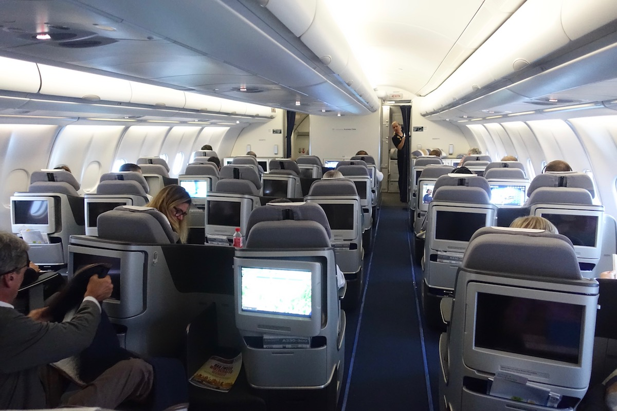 lufthansa business class a330 22 one mile at a time. Black Bedroom Furniture Sets. Home Design Ideas