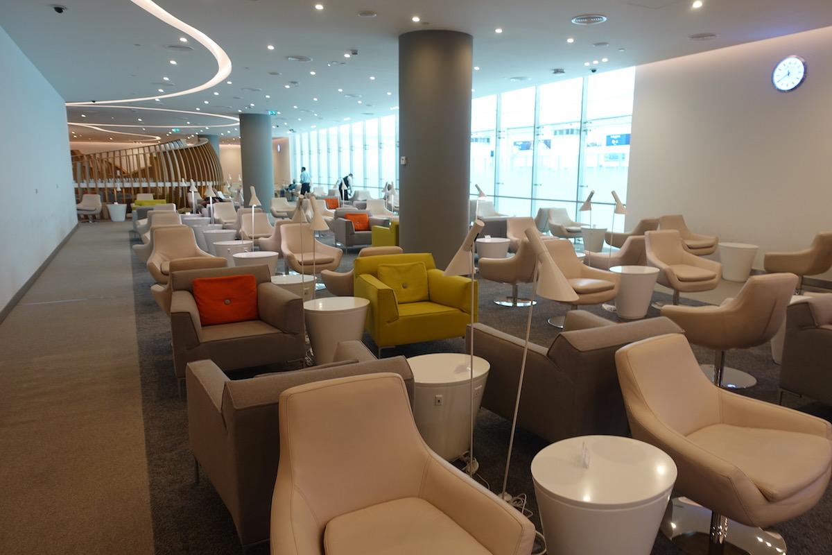 SkyTeam Lounge Dubai 5