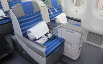 Lot Polish 787 Business Class 1