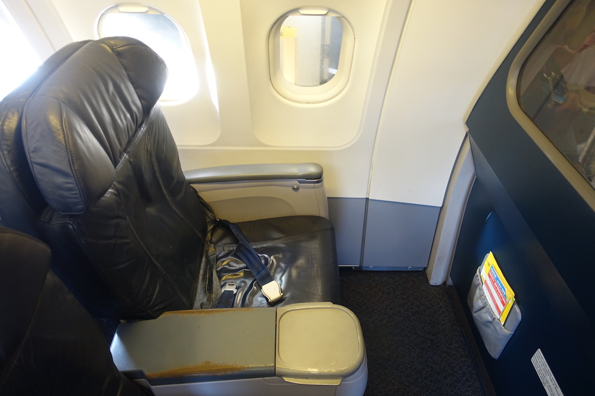 Prime Review Spirit Airlines Big Front Seat A319 Los Angeles To Uwap Interior Chair Design Uwaporg
