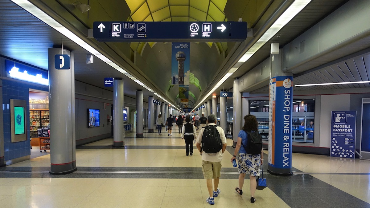 Man Scared Of Coronavirus Lived At O'Hare For Months   One Mile at a Time