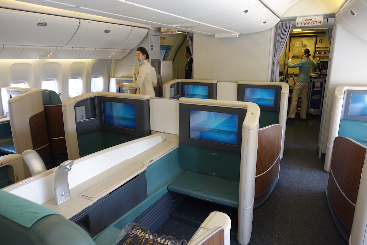korean air first class 777 one mile at a time. Black Bedroom Furniture Sets. Home Design Ideas