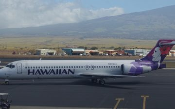 Hawaiian 717 First Class – 13