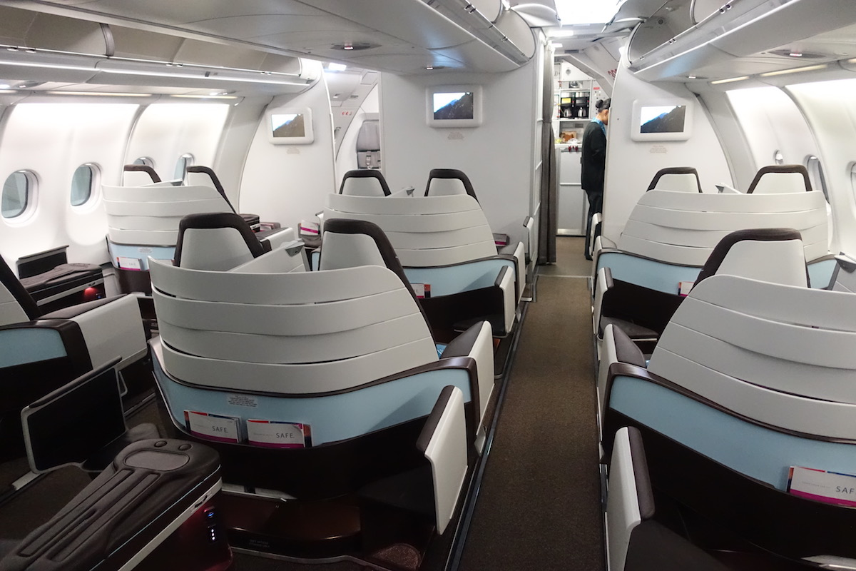 Review Hawaiian Airlines First Class A330 Los Angeles To