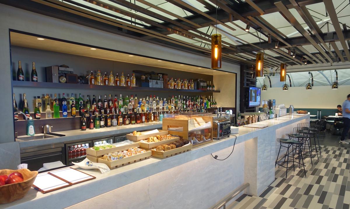 Centurion Lounge Hong Kong 34