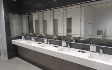 Flagship Lounge Bathroom
