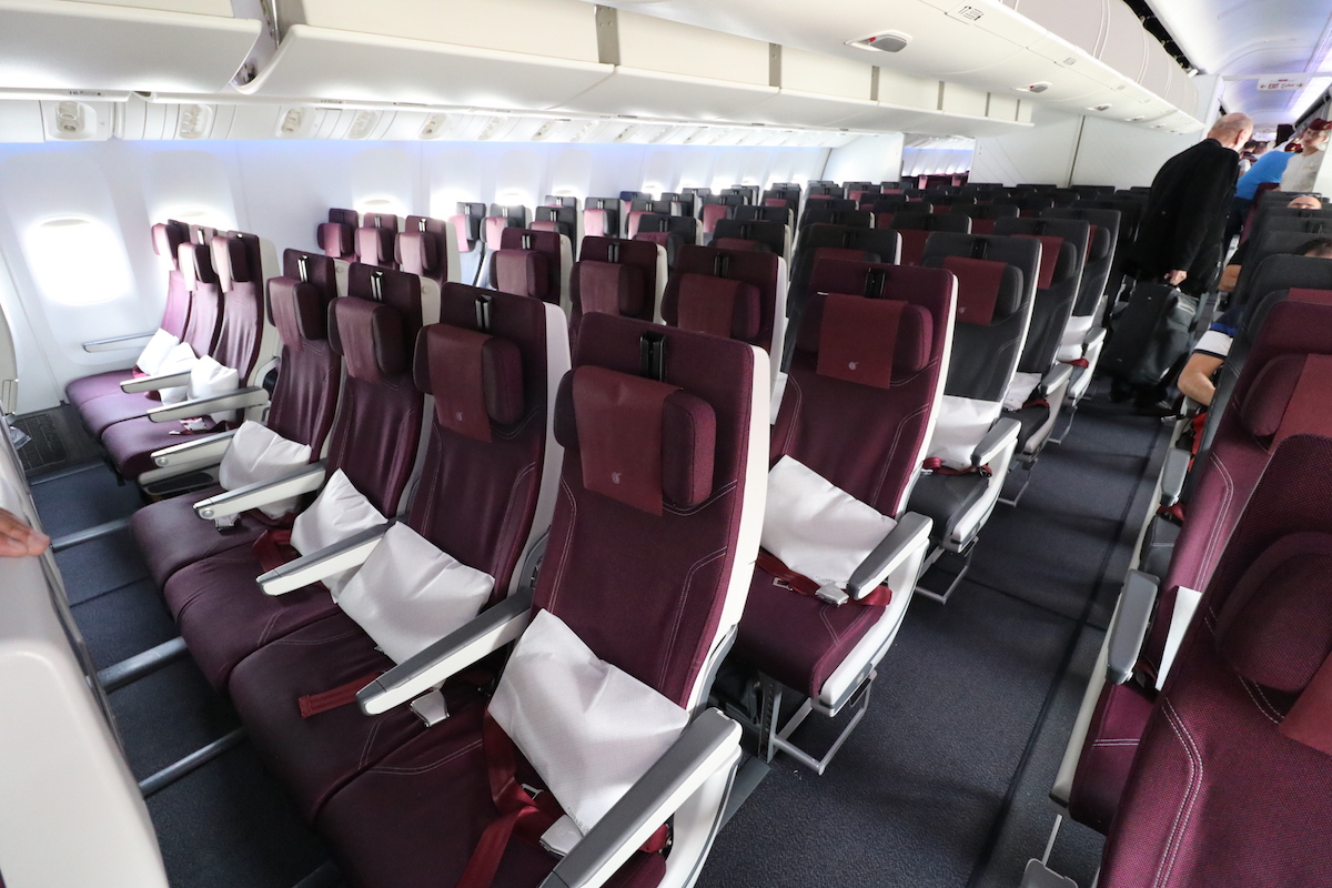 Qatar Airways Charges How Much For Excess Checked Baggage ...
