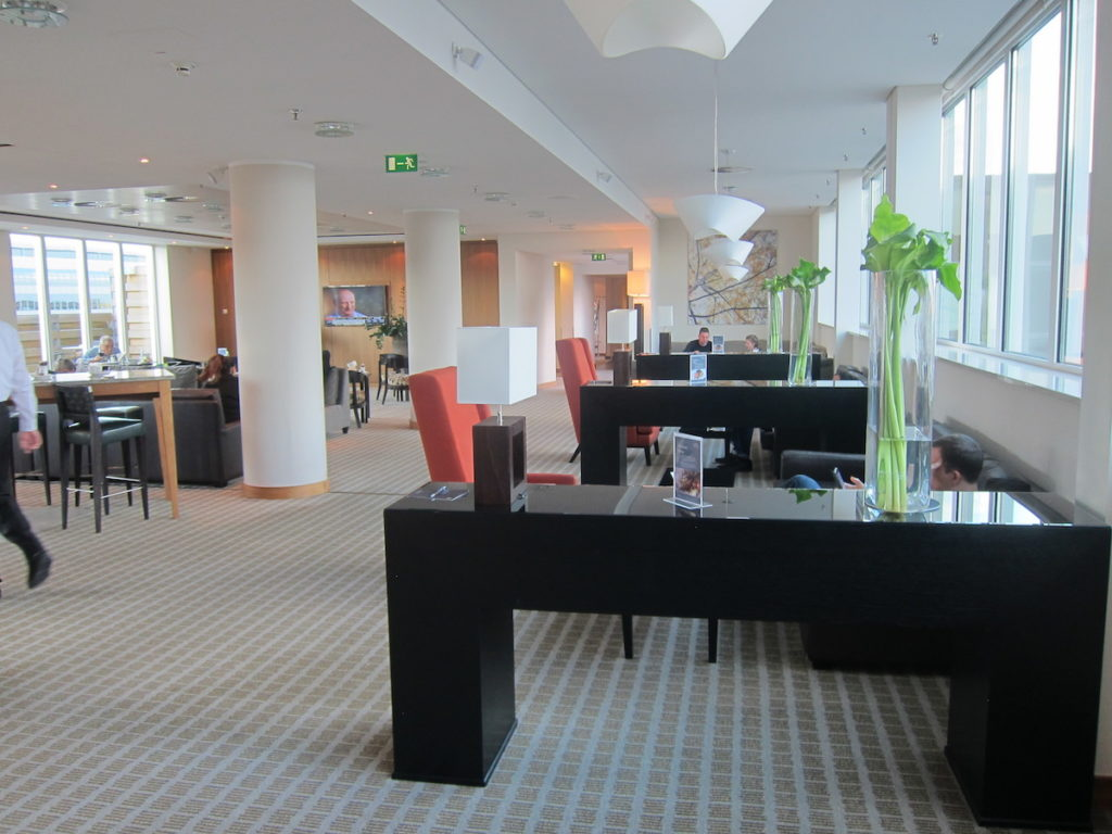 One Sheraton Hotel Discontinues SPG Platinum Lounge Access For Non-Guests