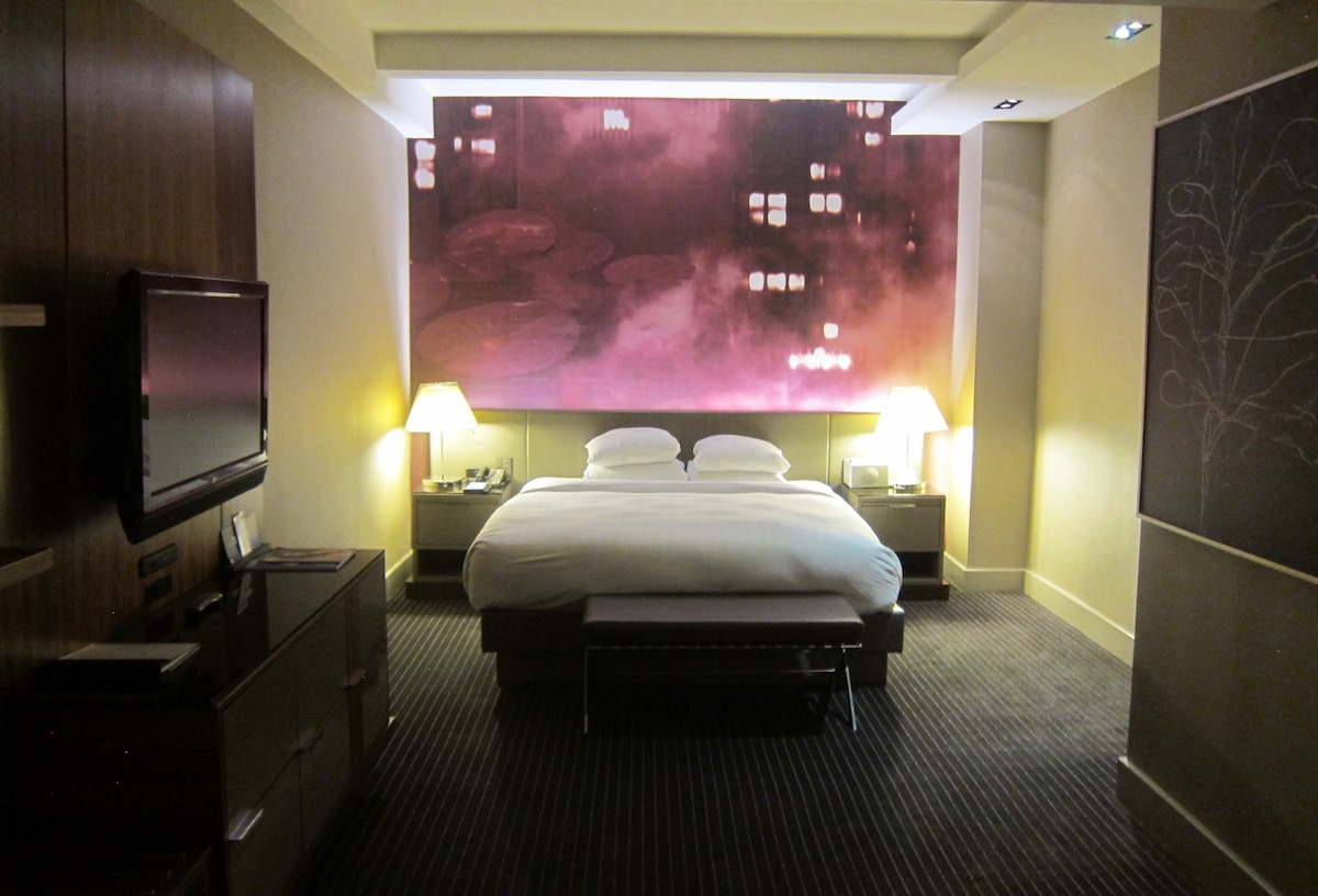 The grand hyatt new york has a new 25 destination fee - Grand tableau new york ...