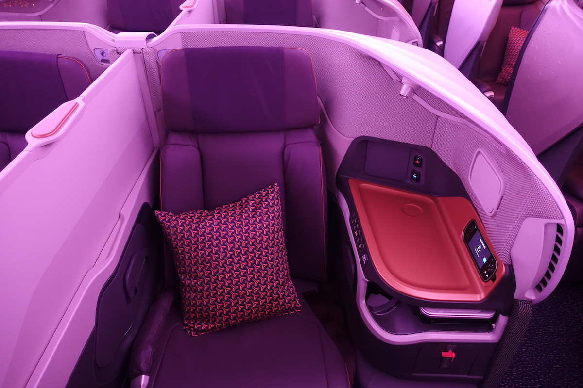 Singapore Airlines A380 Business Class 5