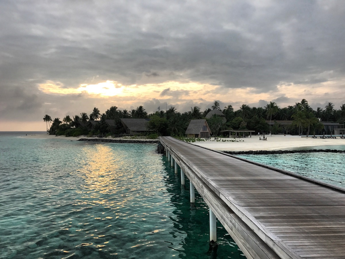 Maldives Plans To Offer Vaccines To Tourists