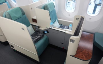 Korean Air First Class 787 – 3