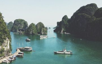 Bay Boats Dock Vietnam