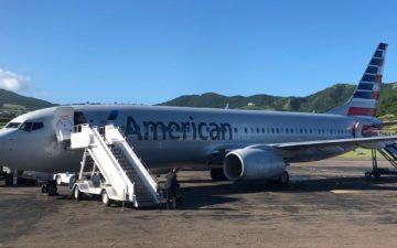 American 737 800