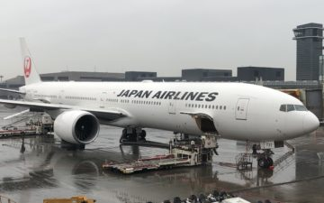 Japan Airlines 777