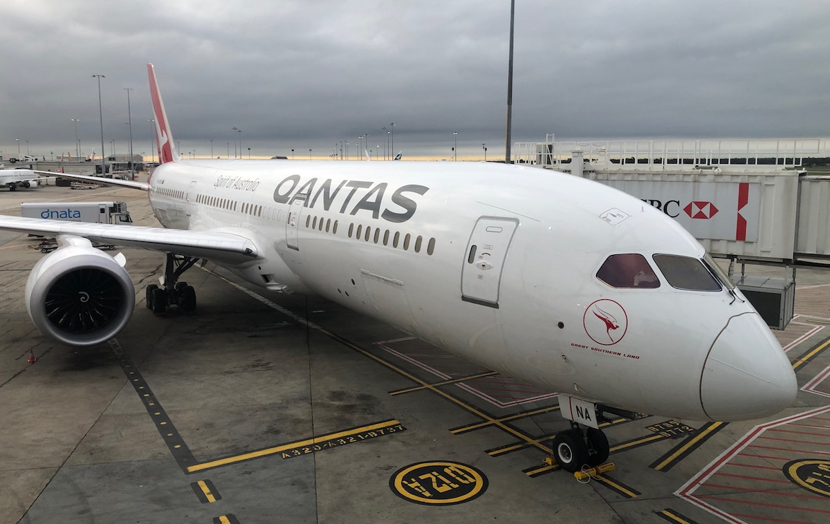 Qantas Sending Its 787 Fleet To The California Desert | One Mile at a Time