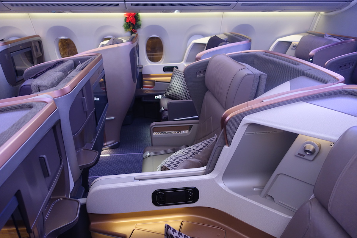 What Is Business Class Like On A 37 Minute Singapore Airlines Flight ...