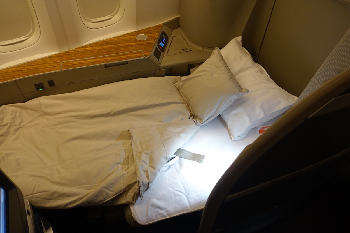 Cathay Pacific Awards Now Bookable On American's Website