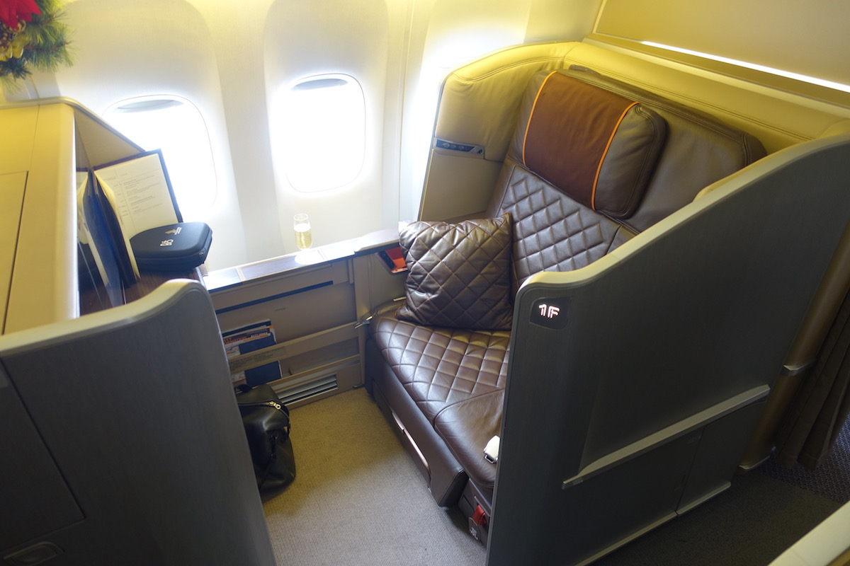 Review: Singapore Airlines First Class 777 Melbourne To ...
