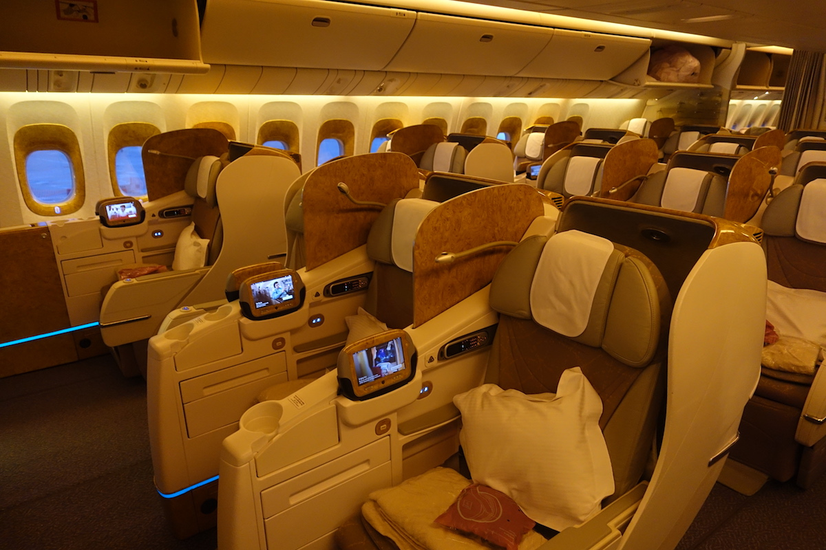 Business News: Impressions Of Emirates 777-300ER Business