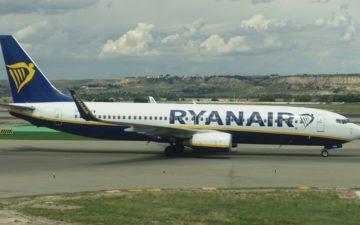 Ryanair 737 800