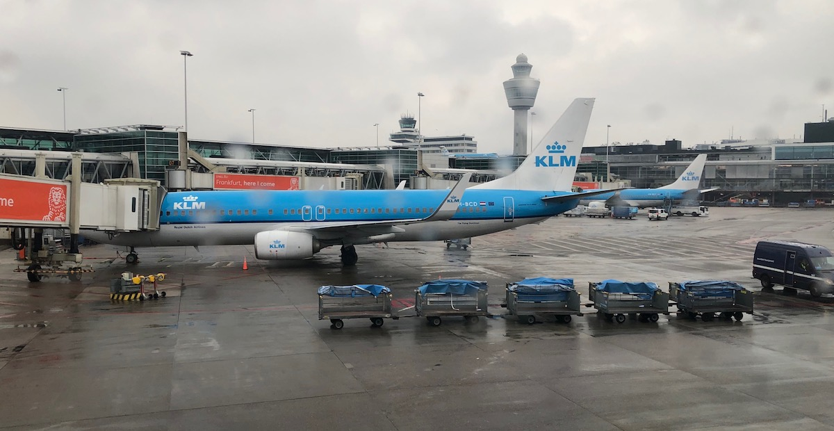 Review Of KLM's 787-9 Business Class 20