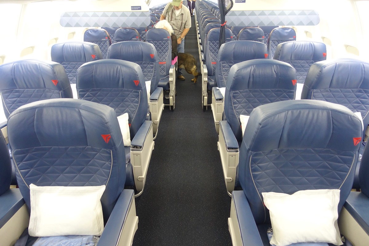 Review Delta Air Lines 737 First Class One Mile At A Time