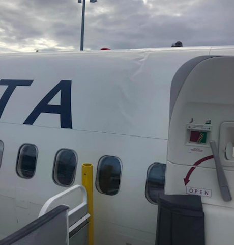 Wow: Delta's Badly Damaged 757 Will Fly Again