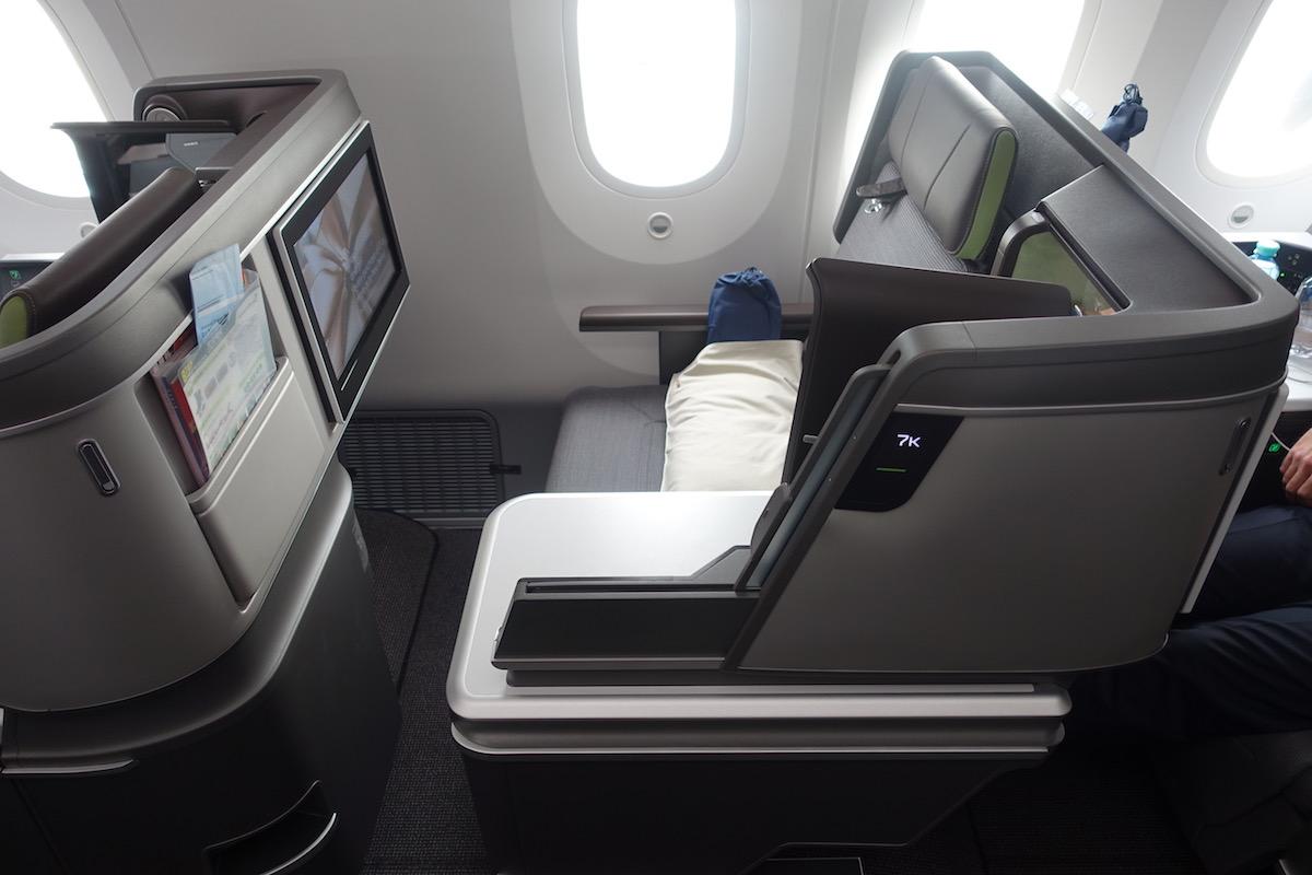 EVA Air 787 Business Class 6