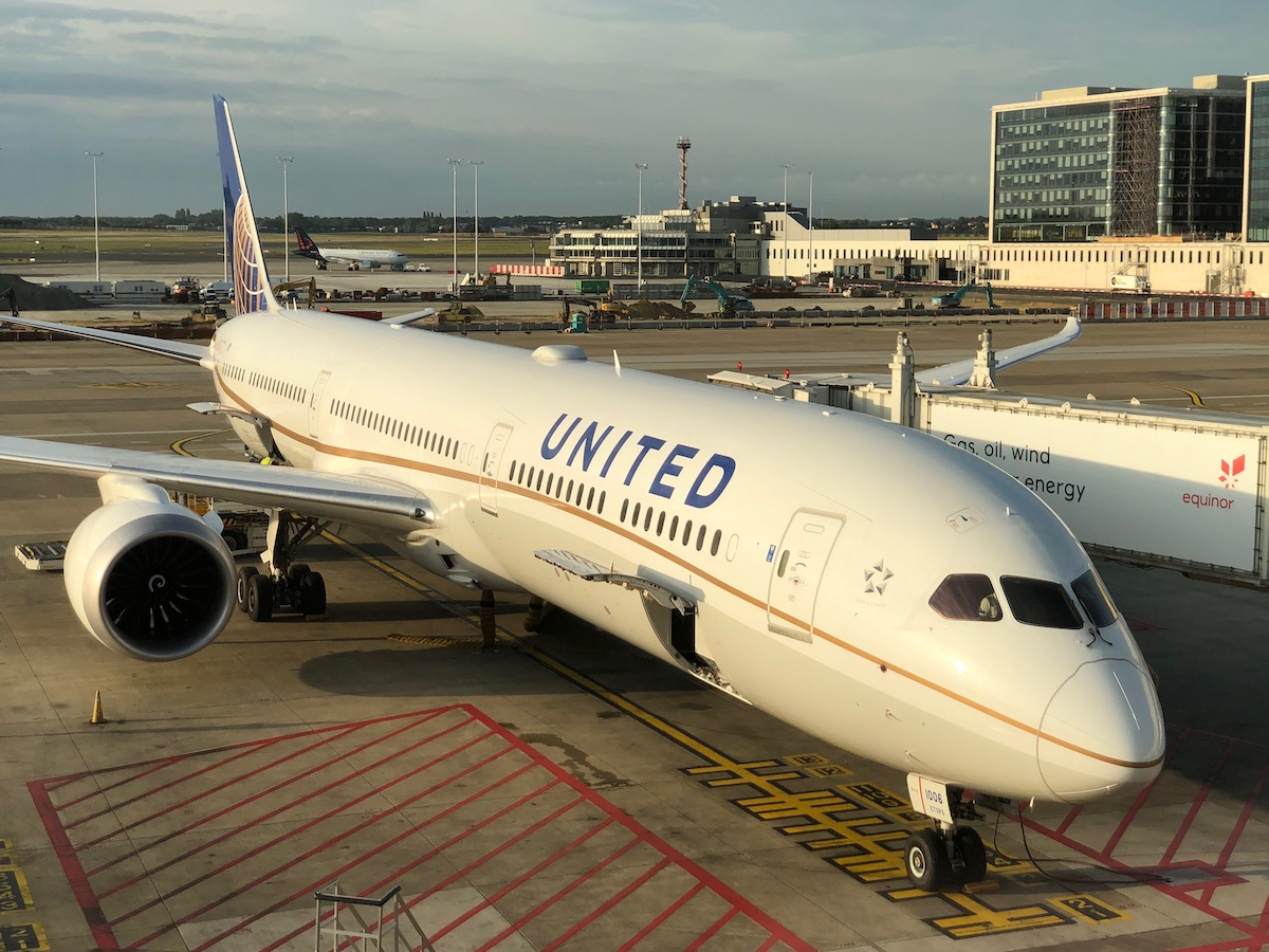 United Airlines Cracks Down On Drinking Pilots