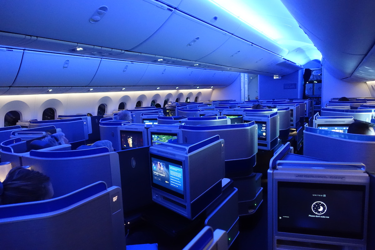 Review: United 787-10 Polaris Business Class