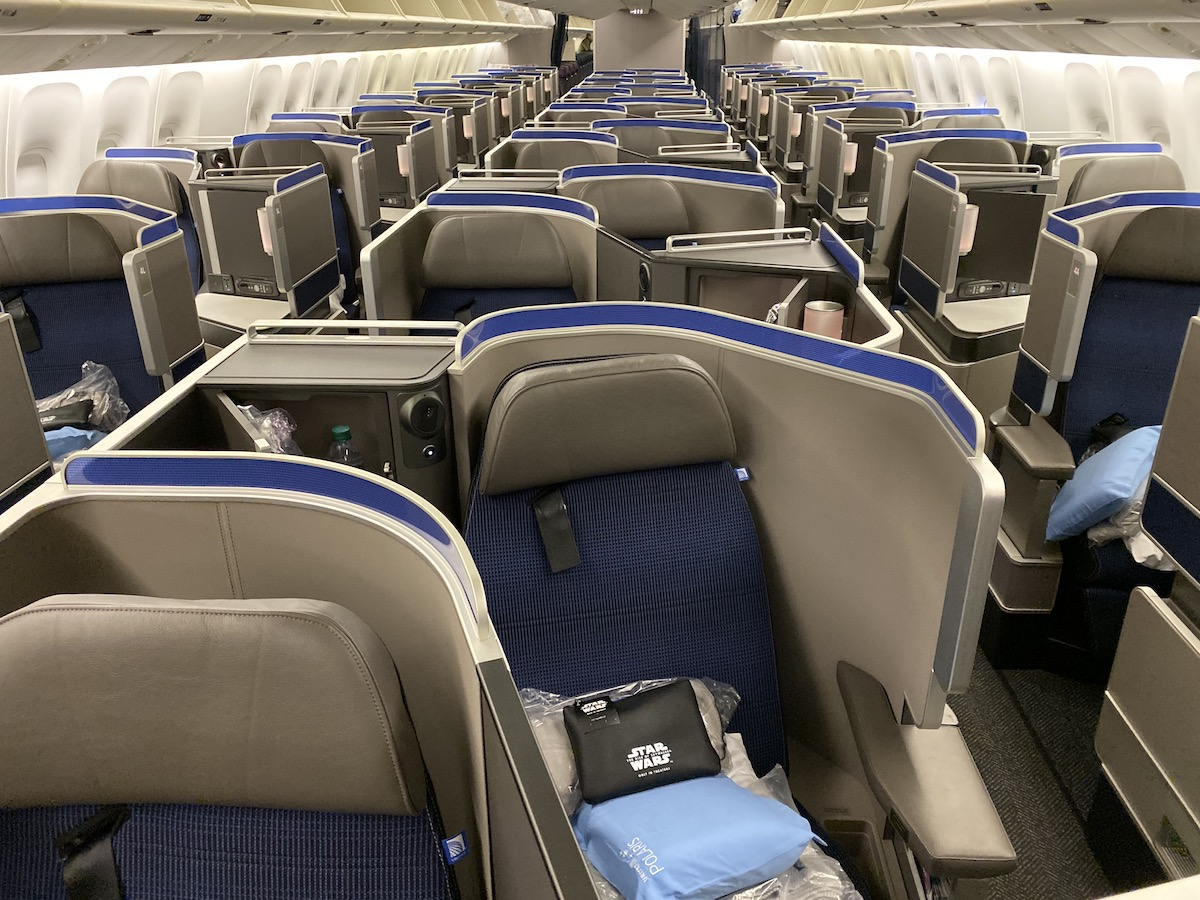 Review: United 767 Polaris Business Class