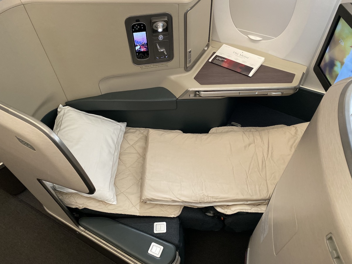 Cathay Pacific A350 Business Class 58