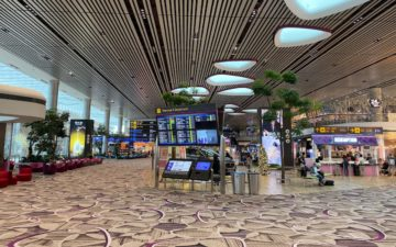 Cathay Pacific Lounge Singapore – 4
