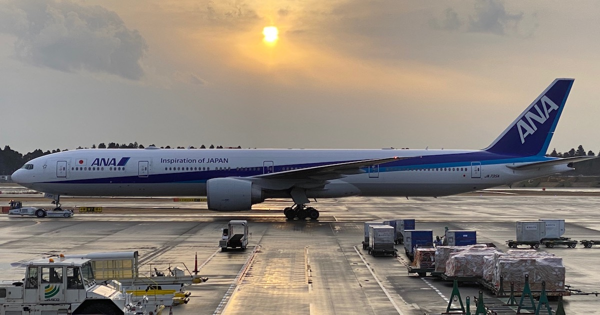 ANA 777 300