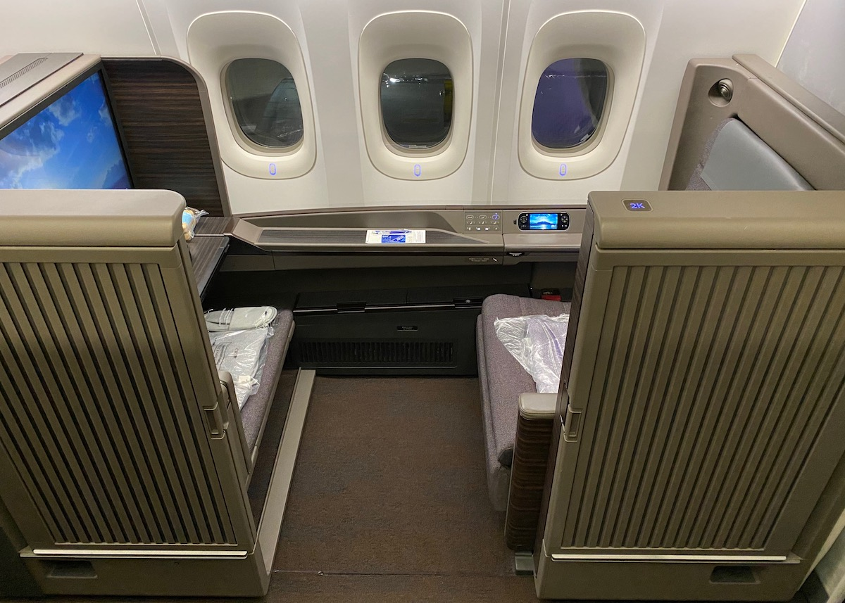 ANA First Class Suite 777 7